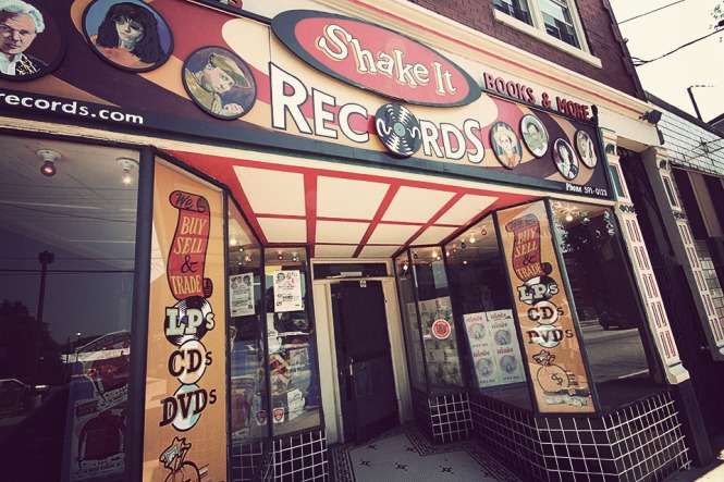 shake-it-records-2